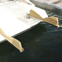 Platform tender chock / for boats / for yachts