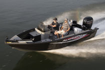 Outboard bay boat / side console / sport-fishing / 7-person max.