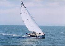 Mainsail sail / for cruising sailboats / cross-cut / Dacron®