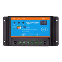 Battery charge controller / boat