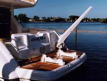 Yacht crane / luffing jib / deck
