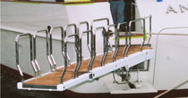 Boat gangways / telescopic / retractable / hydraulic