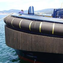 Tugboat fender / stern / bow / cylindrical