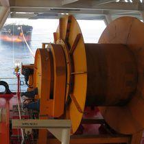 Ship winch / storage / hydraulic drive