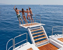 Boat platform / for yachts / multifunction