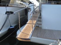 Boat gangway / telescopic / hydraulic / stainless steel