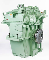 Ship reduction gearbox / engine