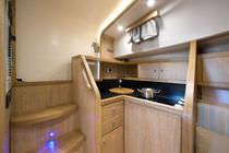 Inboard express cruiser / open / classic