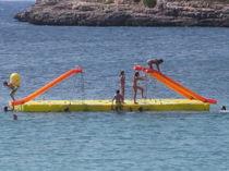Leisure center platform / floating / modular