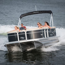 Outboard pontoon boat / tri-tube / 11-person max.