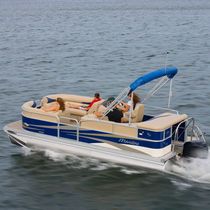 Outboard pontoon boat / tri-tube / 9-person max.