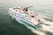 Outboard pontoon boat / tri-tube / 13-person max.