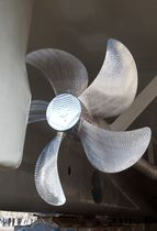Ship propeller / fixed-pitch / shaft-drive / 5-blade