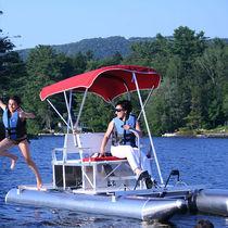 4-place pedal boat / aluminum