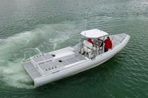Inboard inflatable boat / semi-rigid / center console / dive