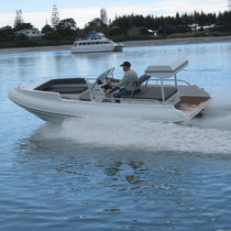 Inboard center console boat / yacht tender