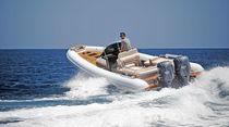 Outboard inflatable boat / RIB / center console / 10-person max.