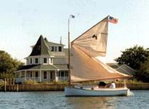 Classic sailboat / open transom / cat boat