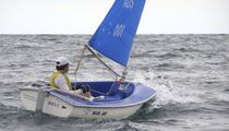 Disabled person sailing dinghy / single-handed / instructional / recreational