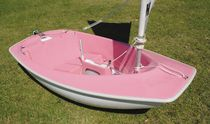 Disabled person sailing dinghy / instructional / recreational / catboat