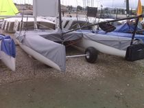 Protective cover / for sport multihulls / NACRA F18
