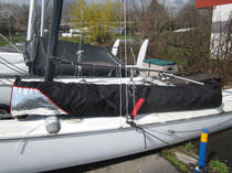 Protective cover / for sport multihulls / for sailing dinghies / sail