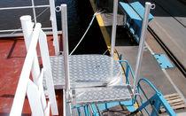 Ship platform / floating