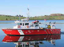 Inboard scientific research boat / aluminum
