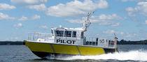 Inboard pilot boat / inboard waterjet / aluminum