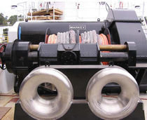 Ship winch / towing / electric drive / double-drum