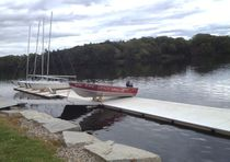 Floating dock / drive-on / for marinas