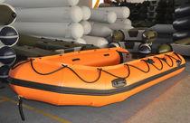 Outboard inflatable boat / semi-rigid