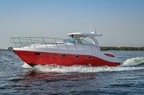 Inboard express cruiser / open / sport