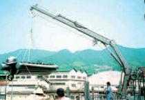 Deck crane / for ships