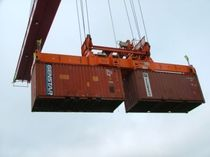 Container spreader / ship-to-shore crane / telescopic
