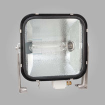 Deck floodlight / for ships / incorporated ballast