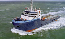 Anchor-handling tugboat (AHT) offshore support vessel