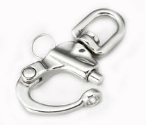 Sailboat snap shackle with fork / halyard