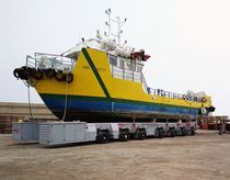 Handling trailer / for boats / remotely controlled / all-wheel steering