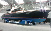 Handling trailer / shipyard / remotely controlled / self-propelled