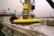 Weir oil skimmer / for cranes