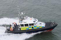 Inboard patrol boat / hydro-jet
