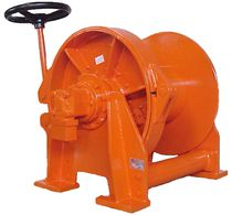 Ship winch / towing / hydraulic drive / single-drum