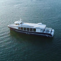 Inboard passenger boat / aluminum