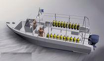Outboard center console boat / dive