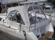 Sailboat cockpit enclosure