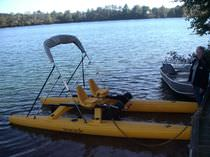2-place pedal boat / electric drive