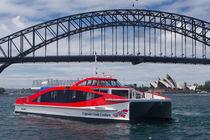 Catamaran passenger boat / inboard / aluminum