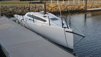 Racing sailboat / open transom / 8-berth