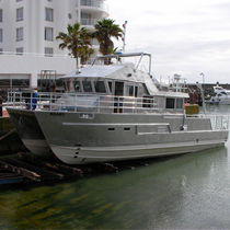Catamaran hydrographic survey boat / inboard / aluminum
